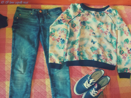 Jeans skinny di Tally Weijl, maglia leggerissima e shoes di Piazza Italia.