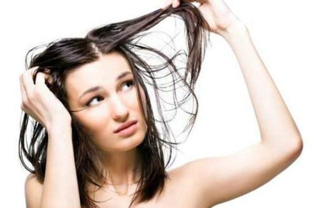 capelli-grassi-e1452528341839-700x457